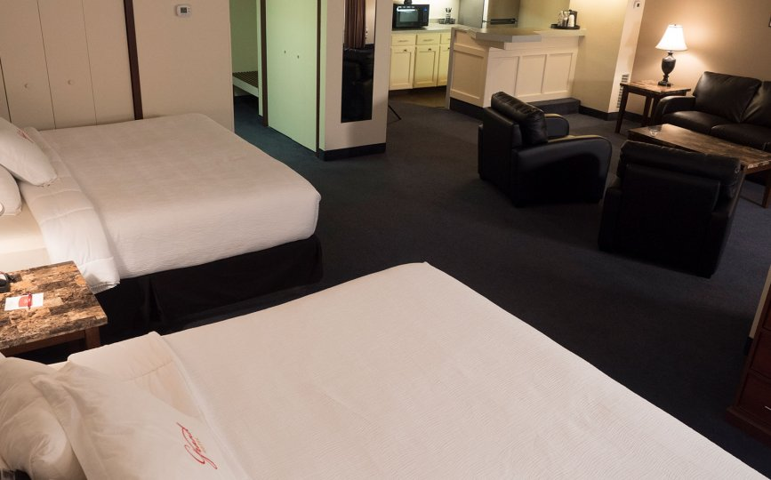 Suites Grand Hotel Minot